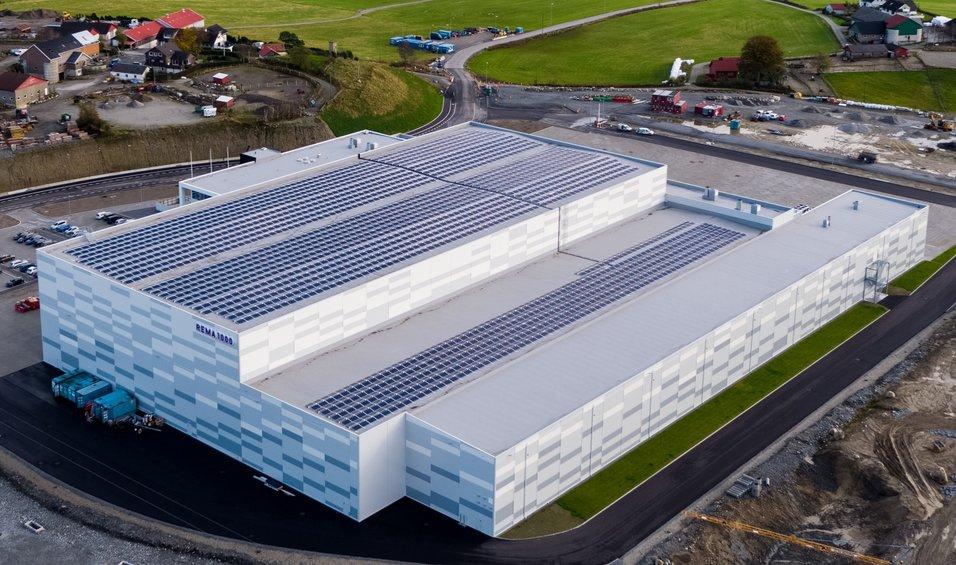 Distribusjonssentral med energibehov på passivhusnivå